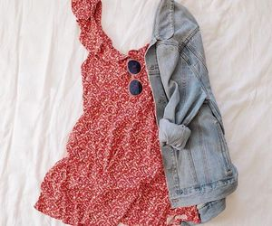 fashion, girls, and urban outfitters image