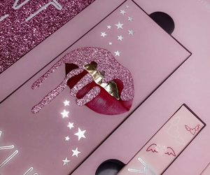 makeup, pink, and kylie jenner image