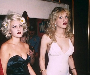 drew barrymore, Courtney Love, and 90s image