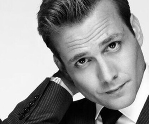 suit, gabriel macht, and harvey specter image