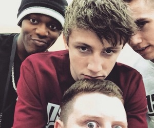 sidemen, ksi, and miniminter image