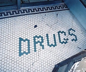 drugs and words image