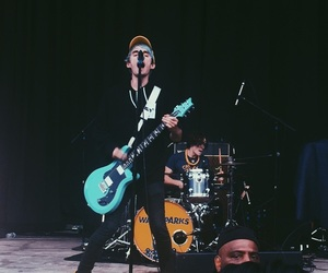 concert photography, live music, and awsten image