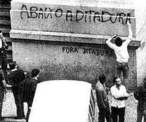 ditadura, brasil, and revolution image