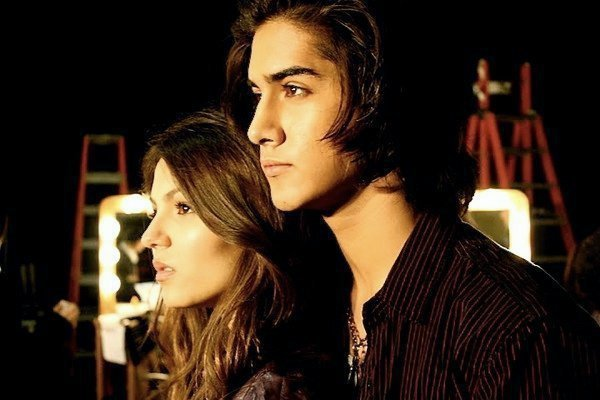 Image Detail For Http Images4 Fanpop Com Image Photos 23100000 Victoria Justice Avan Jogia Tori Beck Victorious 23178773 600 400 Jpg