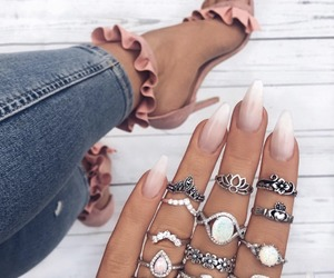 aesthetic, nails, and glam image