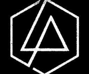 linkin park, chesterbennington, and ripchester image