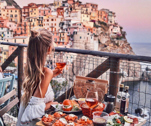 beautiful, city, and eat image