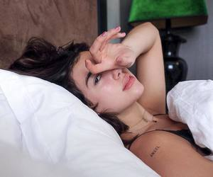 beauty, bed, and lips image