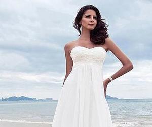 beach wedding dress, pretty wedding dress, and chiffon wedding dress image