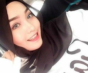 beautiful, hijab, and gorgeous image