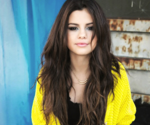selenagomez, gainpost, and selenasnewsingle image