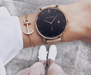 accessoires and watch image