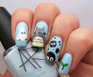 nails and totoro image