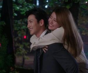 couples, night, and korean dramas image