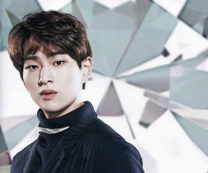 kpop, lee, and Onew image