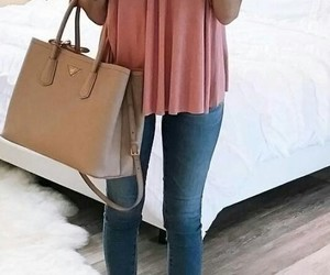 blusa, bolso, and jeans image
