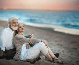 couple, old, and love has no age image