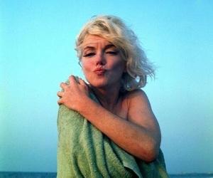 70's, Marilyn Monroe, and marilyn image