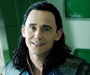 gif, thor, and tom hiddleston image