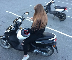 moped image