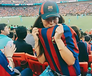 Barca, Best, and fans image