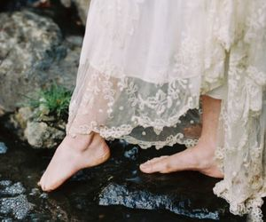 aesthetic, feet, and flowers image