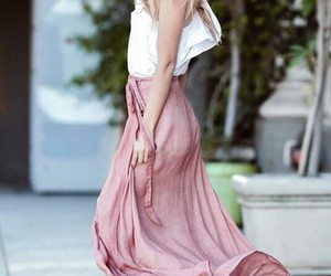 model, pretty, and marina laswick image