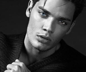 dominic sherwood, eyes, and sherwood image