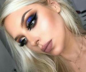 eyeshadow, beauty, and eyebrows image