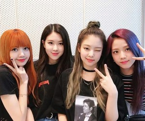 blackpink, rose, and jennie image
