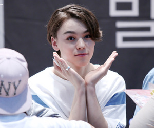 Seventeen, choi hansol, and hansol vernon chwe image