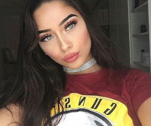 chokers, cute hair, and eyebrows image