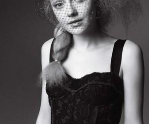 dakota fanning and black and white image