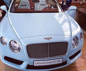 car and Bentley image