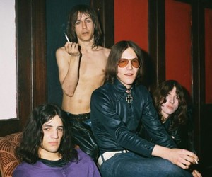 iggy pop, photography, and the stooges image