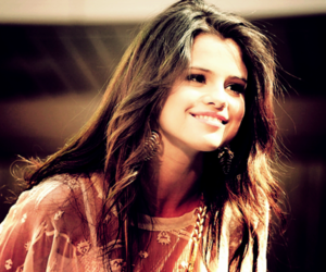 selena gomez beautiful image