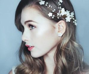 beautiful, flowers, and feminine image