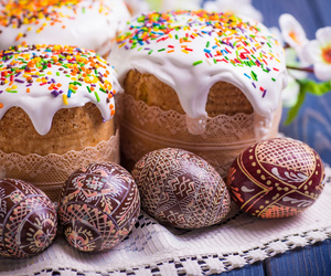 russia and easter cake image