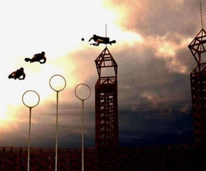 harry potter, quidditch, and hogwarts image