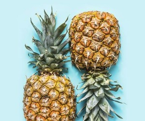 wallpaper, pineapple, and blue image