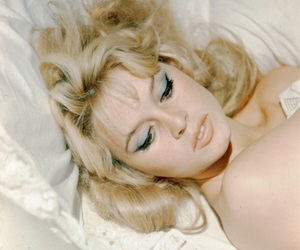 50s, 60s, and beauty image