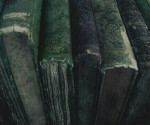 books, green, and serpeverde image
