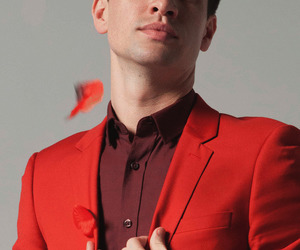 brendon urie, panic at the disco, and red image