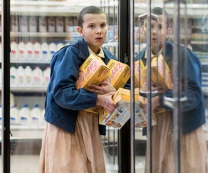 eleven, stranger things, and eggos image