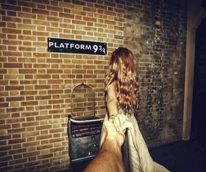 harry potter, platform 9 3 4, and couple image