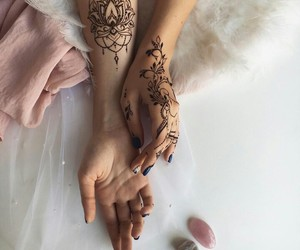 arm, india, and mehendi image