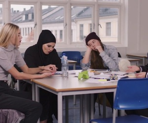 skam, eva mohn, and josefine frida pettersen image