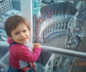 london eye and litlle sis image