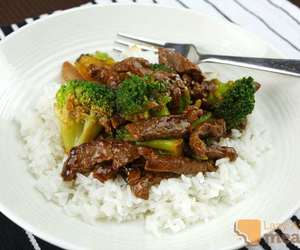 beef, yum, and broccoli image